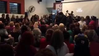 Standing ovation for Gilda movie - Ezeiza Women Prison - 6.10.2016