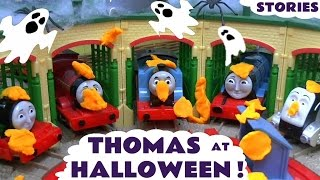 thomas and friends toy trains halloween spooky pranks with play doh minions toys for kids tt4u