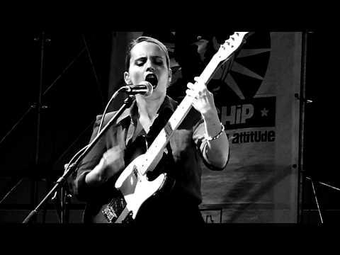 Anna Calvi - I'll Be Your Man - Sziget 2012 mp3