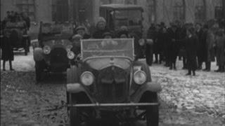 Підтримай документальний фільм про Черкаси(Наш журналіст Хуторний Олексій вже готує документальний фільм про історію Черкас. Знайшов у архіві хроніку..., 2016-09-15T10:06:32.000Z)