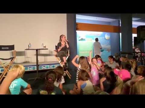 Cozi Zuehlsdorff Q&A @ Clearwater Marine Aquarium