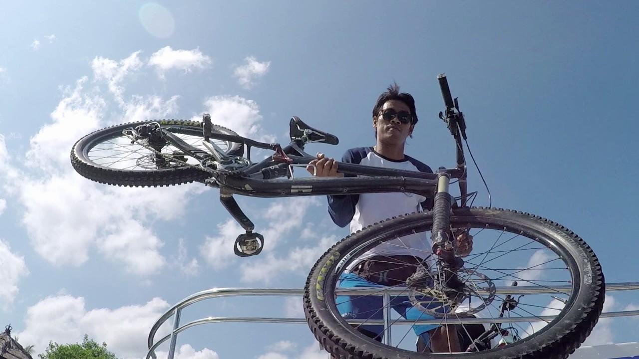 Indonesia Mountain Biking