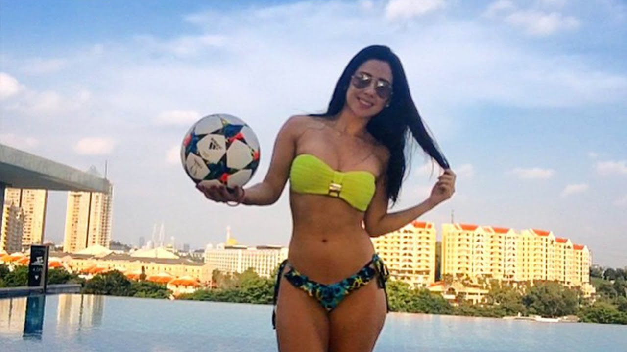 0dcfb7922f Soccer in Stilettos  It s No Sweat For Raquel Benetti - YouTube