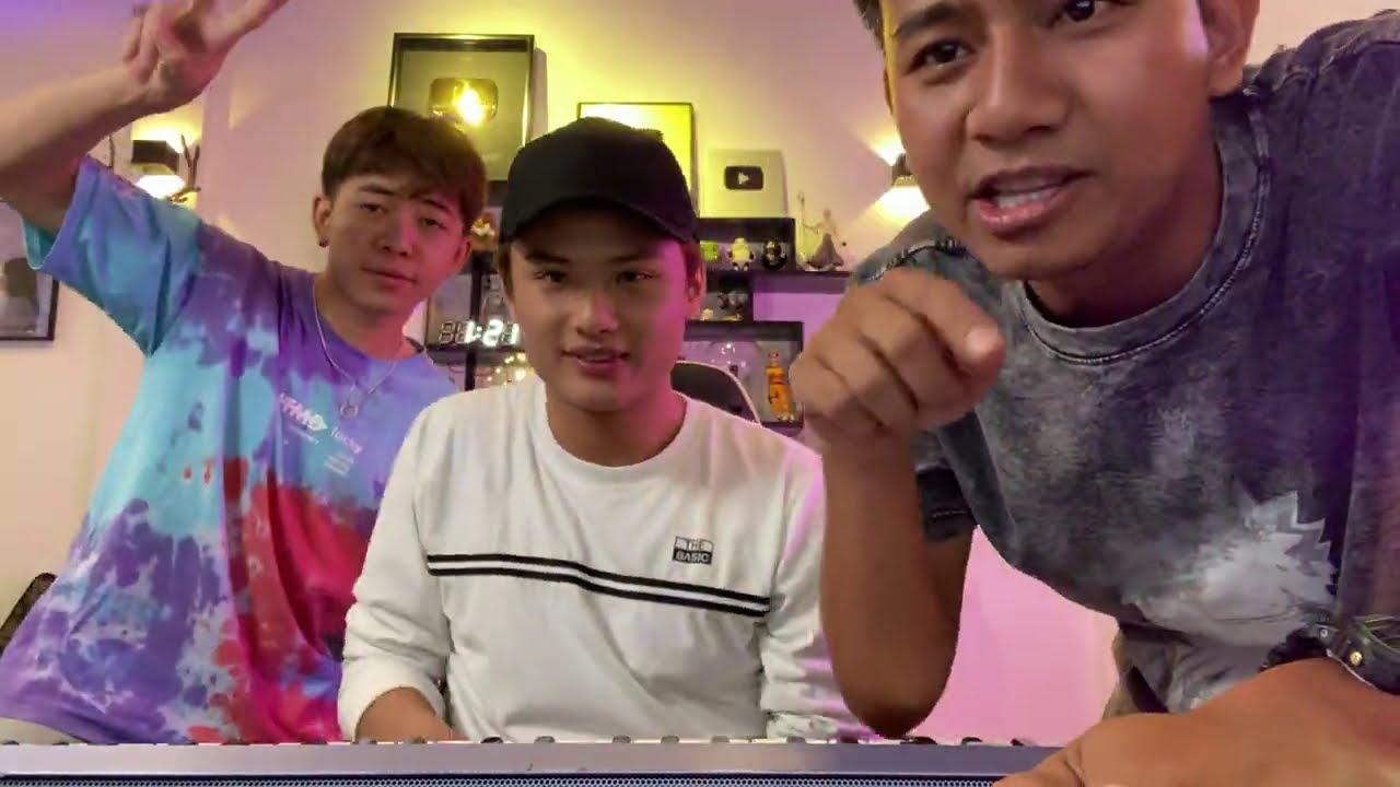 """T Team hát live """"Muốn Nói Với Em"""" siêu đỉnh (Phiên bản không thuộc lời)"""