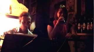 Chuyến Xe - Vocal Sa Quyên và Guitar Tuấn Anh.mp4