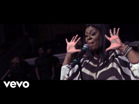 Kim Burrell - Falling in Love