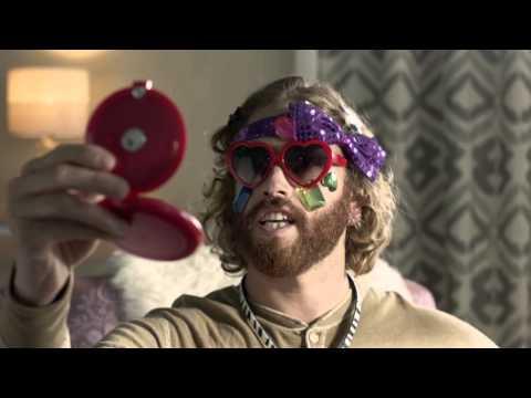 Motorola троллит iPhone в рекламе Moto X