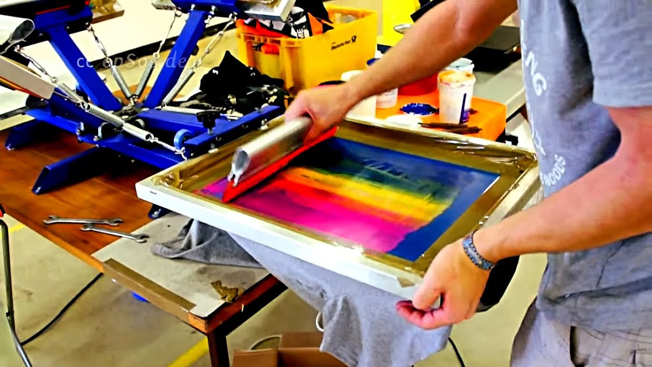 How to screen print t shirt designs properly youtube for Screen print on t shirts