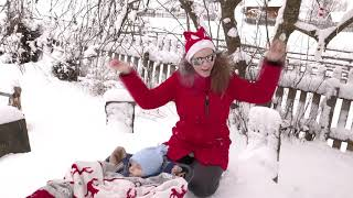 Baby sport in Christmas-Funny baby video