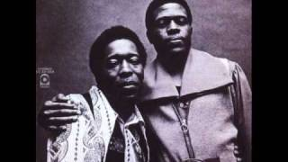 Watch Buddy Guy Man Of Many Words video