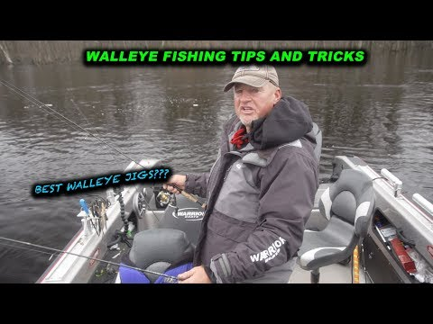 How to Drag Jigs for Walleyes (Wolf River) (Walleye fishing tip)