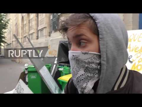 France: Students hold explosive riot against 'capitalist' Macron and 'fascist' Le Pen
