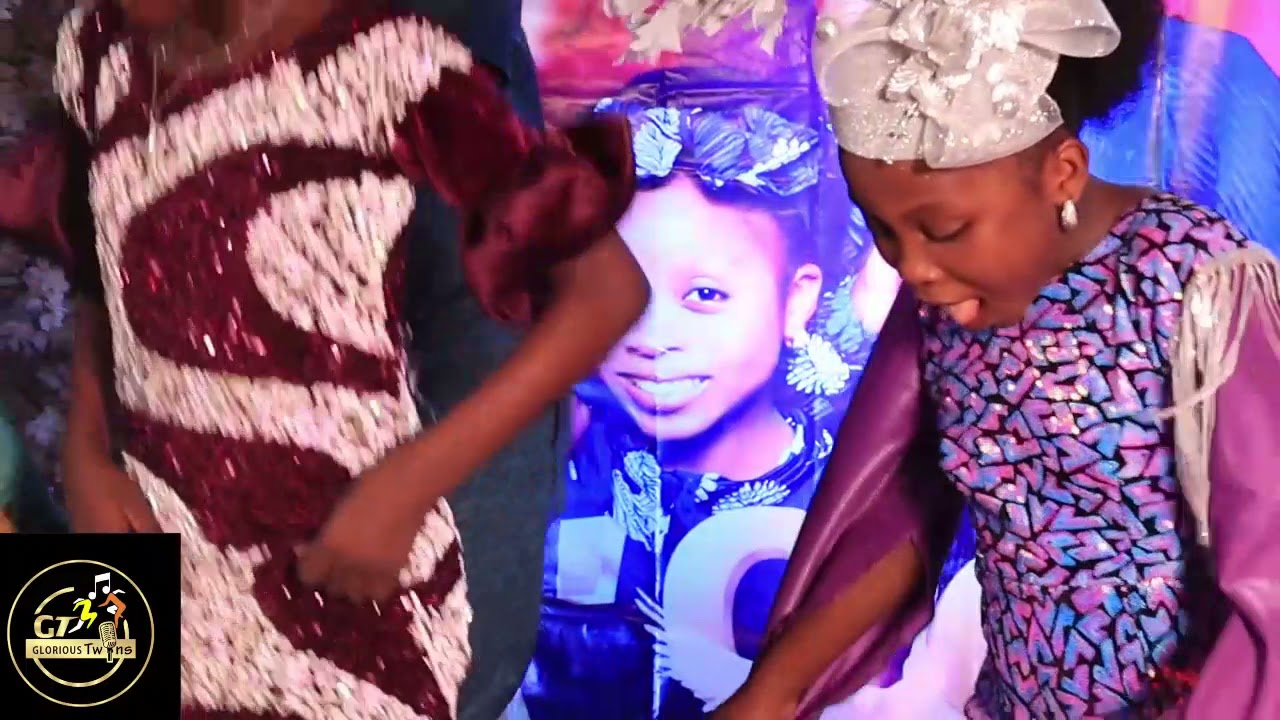 Download ALAYO MELODY SINGER PERFORMANCE AT TOGOBADE ALBUM LAUNCH