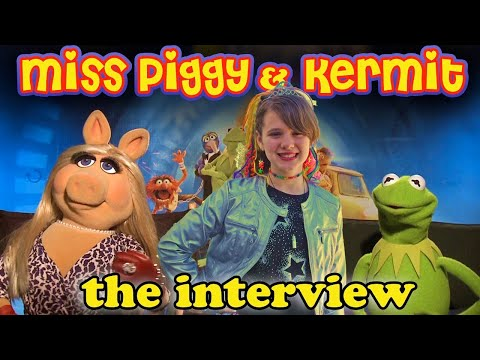 MISS PIGGY & KERMIT Meet Piper & Sing Mahna Mahna from The Muppet Show for the Most Wanted Premiere!