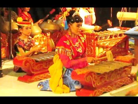 TUL JAENAK (Koes Plus) - Javanese Gamelan Music Jawa - Balai Budaya Minomartani [HD]