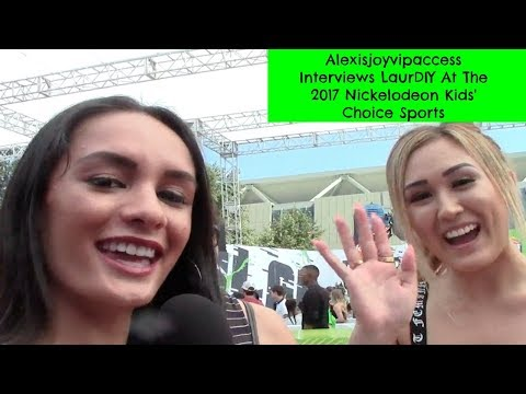 LaurDIY Interview With Alexisjoyvipaccess - Lauren Riihimaki - 2017 Nickelodeon Kids Choice Sports