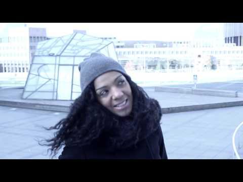 Chloé Hell-y (Alternative  Version Of Sting's Englishman In New York)