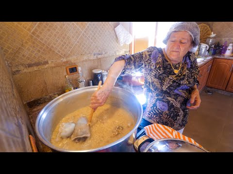 Village Food In Lebanon - BIG POT MOUNTAIN COOKING In Shouf | Middle Eastern Food!