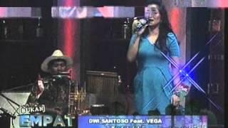 Video Musik Serakah Dwi Santoso bersama Vega Darwati di acara Bukan Empat Mata lagu Bis Sekolah