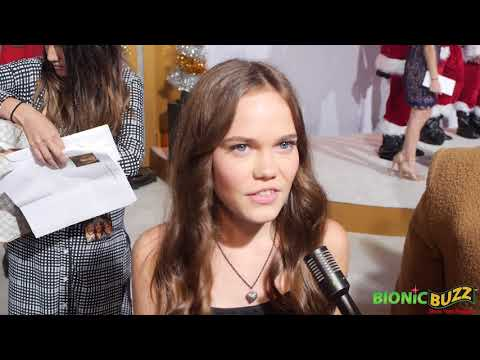 Oona Laurence Interview at A Bad Moms Xmas World Premiere