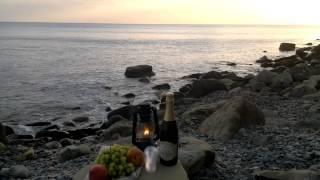 дикий пляж черного моря(дикий пляж черного моря., 2015-09-06T18:44:52.000Z)