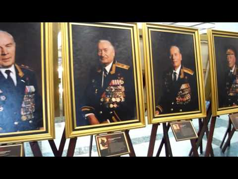 Life in Russia - Red Army generals & Stalin vs Zhukov, World War 2 museum, Moscow