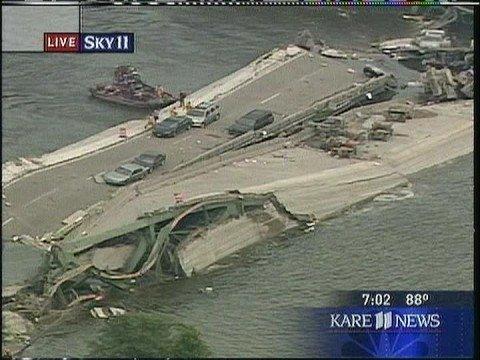 (www.RadioTapes.com) KARE-TV 35W Bridge Collapse 8/1/2007 6:59-7:09 PM KARE-11
