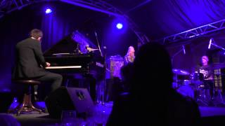 Neil Cowley Trio - Olomouc - 3.11.2014 - Couch Slouch