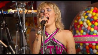 Miley Cyrus - Edge of Midnight (Live at the SuperBowl #TiktokTailgate)