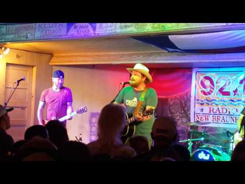 Randy Rodgers Band singing Interstate at Gruene Hall at the 2016 Americana Music Jam