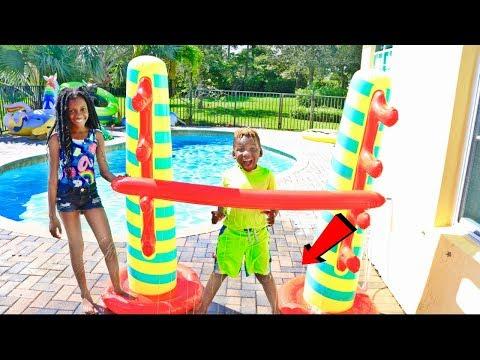 Kids Inflatable Limbo Splash Challenge