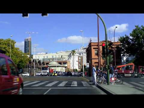 Sevilla, Spain: driving downtown and old town
