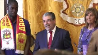 Presidente da Câmara Municipal de Coimbra homenageia Éder