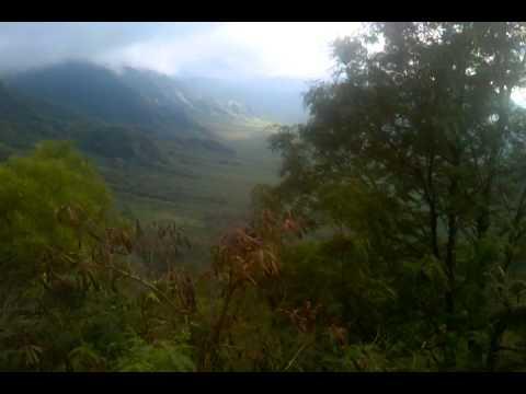 Kolekole Pass Oahu Hawaii Waianae Mountains December 2010