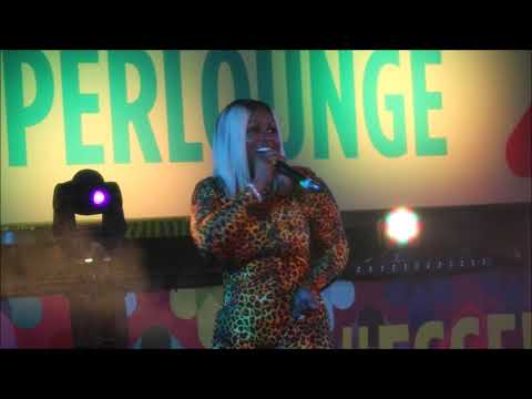 Remy Ma Performs