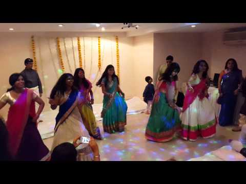 Lungi Dance Chennai Express Wedding