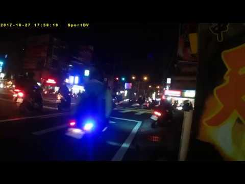 新豐鄉三民南路路口的尖峰時段