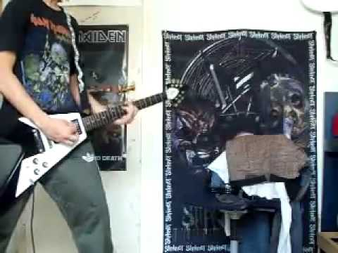 guitar player fender stratocaster vs gibson flying v solo youtube. Black Bedroom Furniture Sets. Home Design Ideas