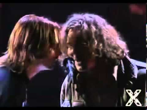 Neil Young and Pearl Jam - Keep On Rockin' In The Free World (Lyrics) Mtv Music Video Award Ceremony