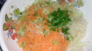Витаминный салат с яблоком  морковью и корнем селдерея