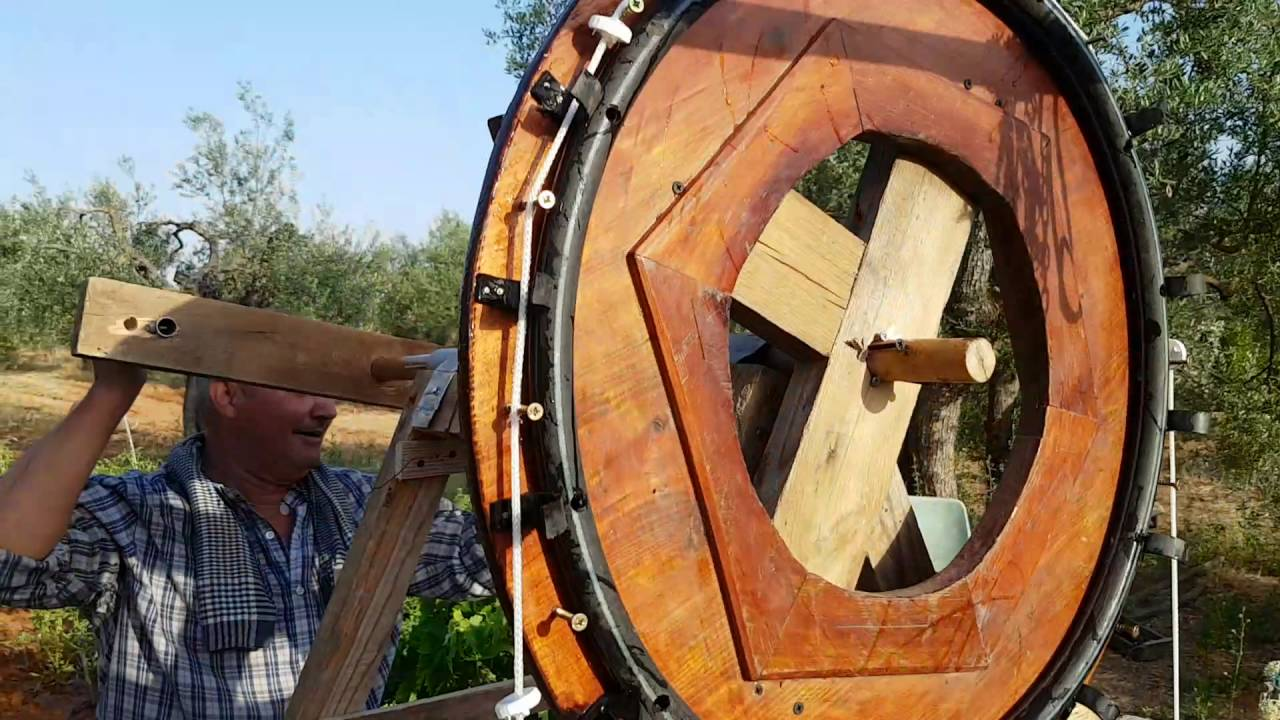 Inventos caseros impresionantes noria para sacar agua youtube - Quitar cal del agua ...
