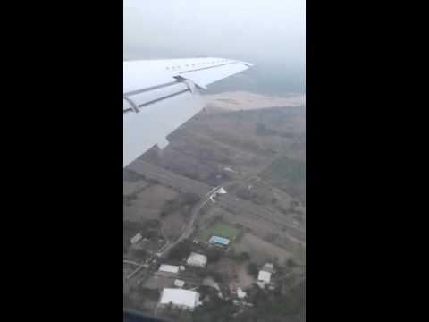 Aterrizando en el aeropuerto de Veracruz / Landing at Verac