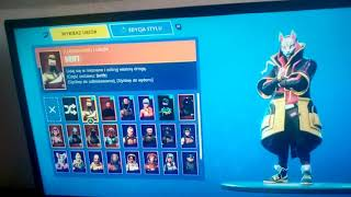 Shows the skins of Fortnite (: