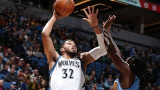 Karl-anthony towns puts up 32 and 14