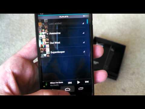Motorola Droid RAZR M Unboxing and Review