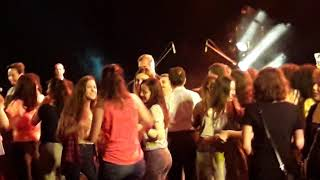 ELECTRO DELUXE Concert / Girls are dancing on the stage (Live in Bursa, 26.06.2018)