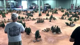 Batalla de tanques a control remoto (INCREIBLE)