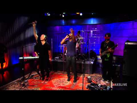 """Printz Board Performs """"Hey You"""" on AXS Live"""