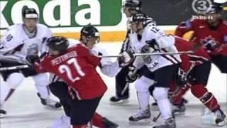 Hockey CANADA LATVIA WC 2006 protest for referee
