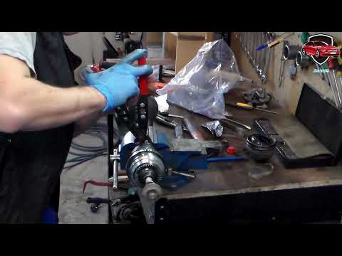 BMW F10/F11 Xdrive, Replace The Front Driveshaft End Piece.output Shaft Replacement.